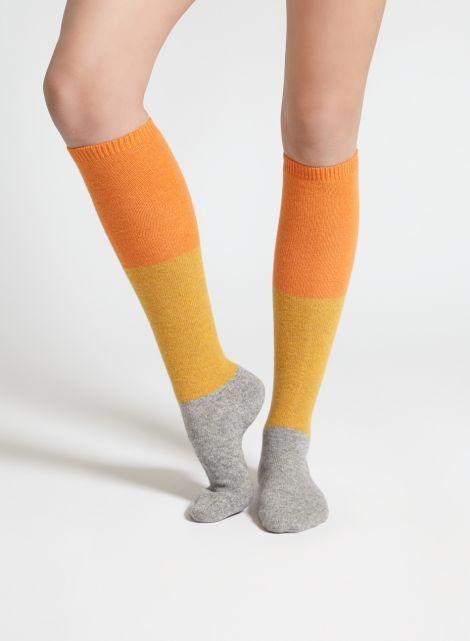 Puujalka-polvisukat (oranssi, keltainen, harmaa) |Asusteet, Sukat ja sukkahousut, Laukut & asusteet | Marimekko