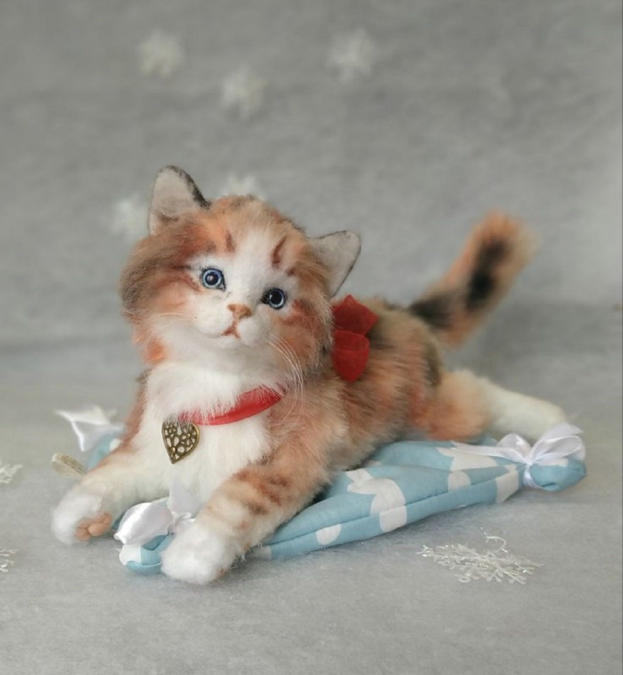 Soft Toy Tri Color Kitten Cat Made Of Fur And Wool Realistic Cats And Kittens Soft Toy Animals Cat Soft Toy