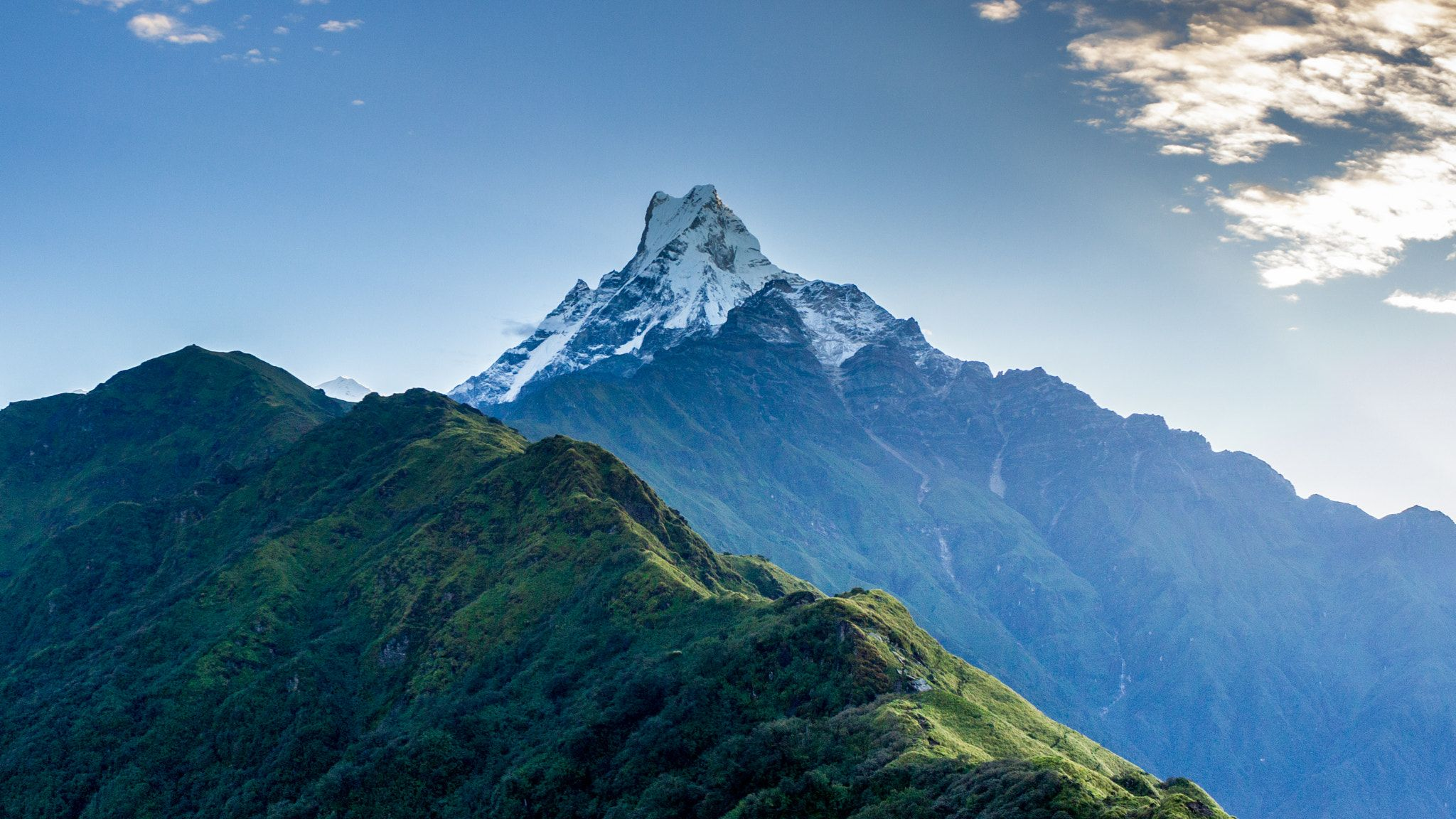 Machhapuchre - Macchapuchre (meaning Fishtail) during the ...
