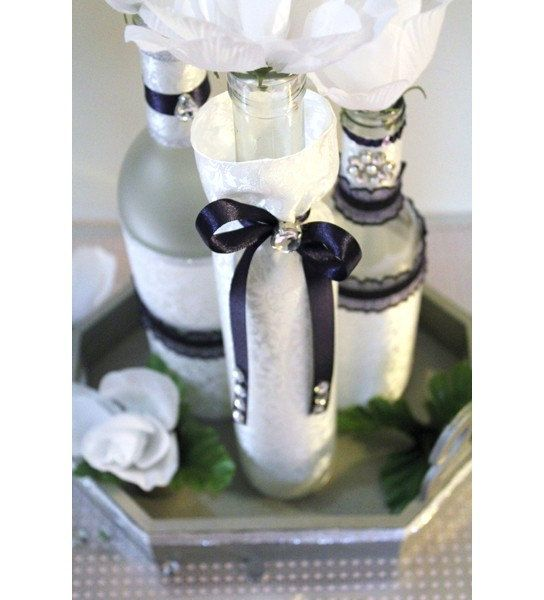Set 3 decorated wine bottle centerpiece ivory purple for Wedding table decorations with wine bottles