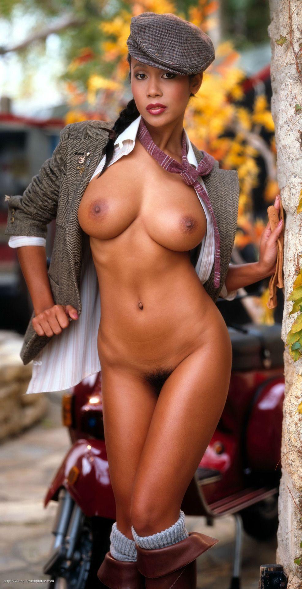 africa-naket-girl