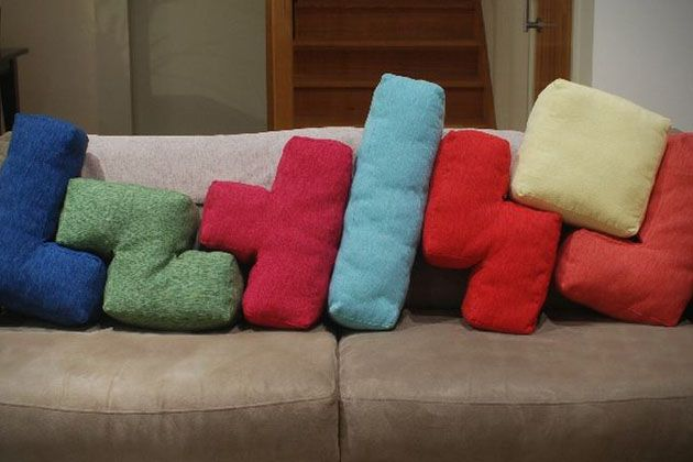 Gamer Chic: Tetris Cushions - The UberReview(These cost $280??!! I think I'll make them instead.)