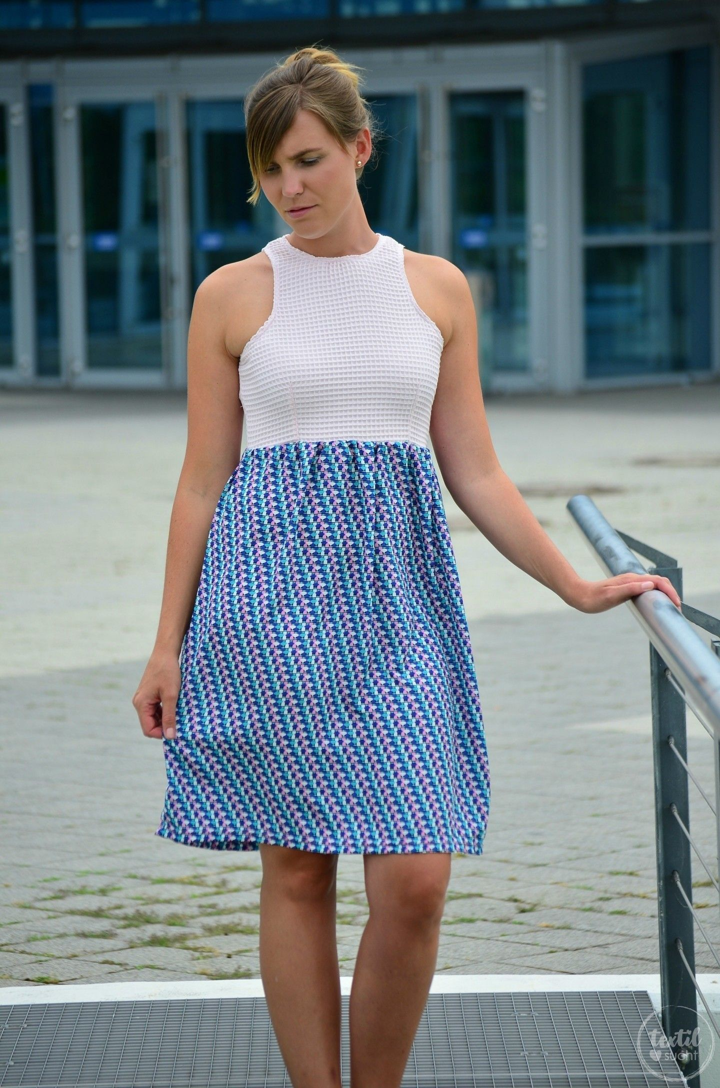 Sommerkleid nähen: Kleid Kelani aus Webware | Sommerkleid nähen ...