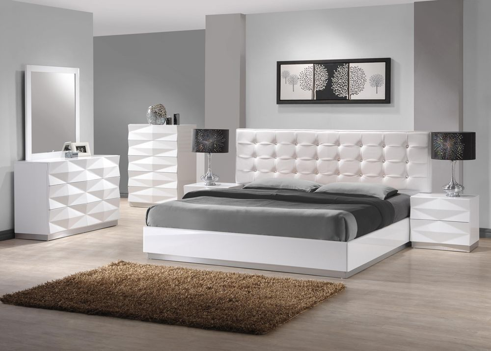 Stylish Leather Modern Master Bedroom Set White Bedroom Set