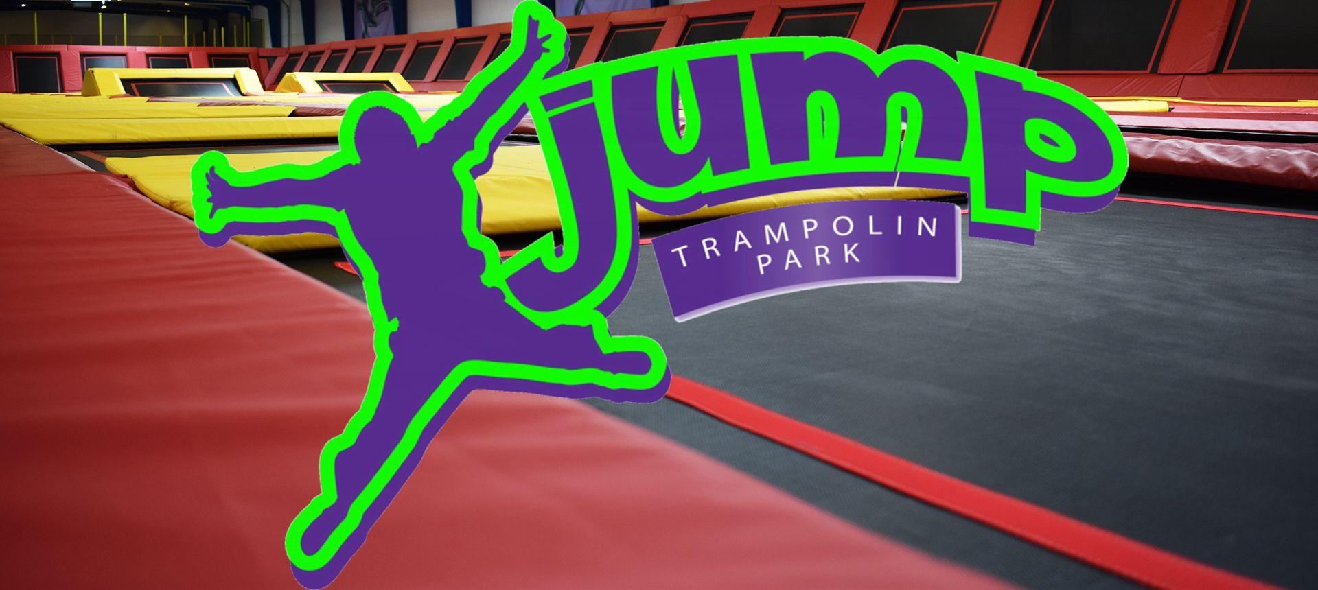 Xjump er en trampolinpark, hvor gulve og vægge er bygget op af forskellige  typer trampoliner. Garanteret sjov for hele familien. | Sjov, Vægge, Bane