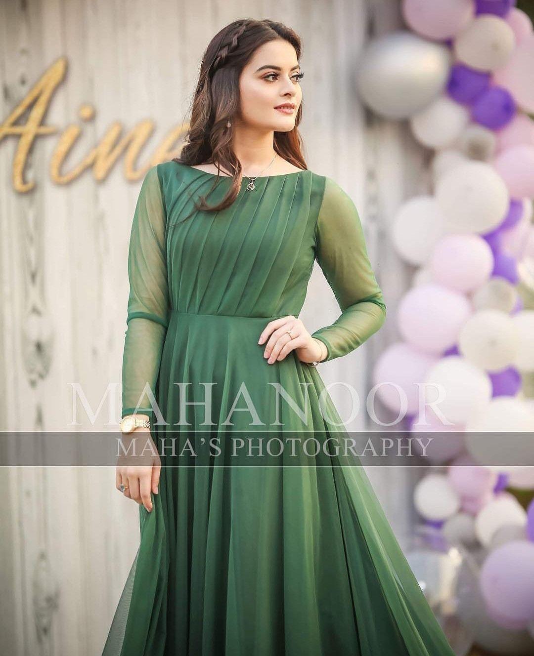 Simple Green Long Frock Shadi Dresses Pakistani Wedding Outfits Pakistani Bridal Dresses [ 1328 x 1080 Pixel ]
