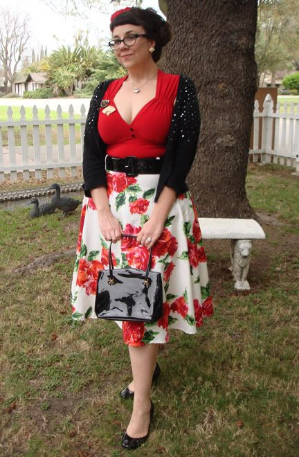 Vintage-inspired fashion with real vintage accessories, plus size
