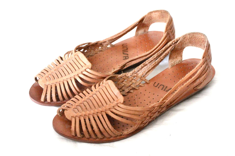 81f6b33e2a13 Vintage Caramel Leather Huarache Sandals Sz 7.5.  38.00