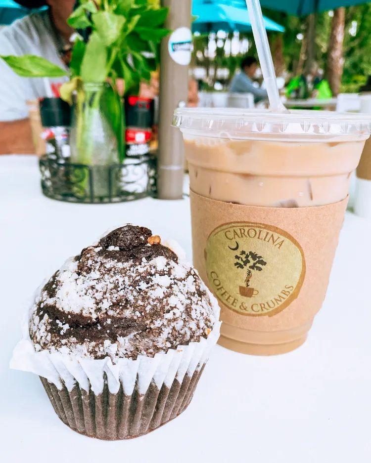 Hilton Head Island Sc Travel Guide In 2020 Double Chocolate Muffins Salty Dog Cafe Hilton Head Island