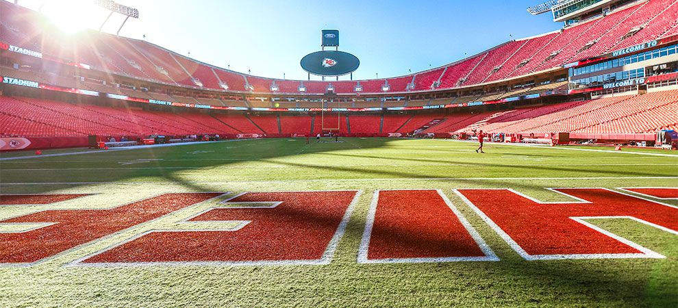 Arrowhead Stadium Chiefs Com Kansas City Chiefs Arrowhead Stadium Sports Stadium