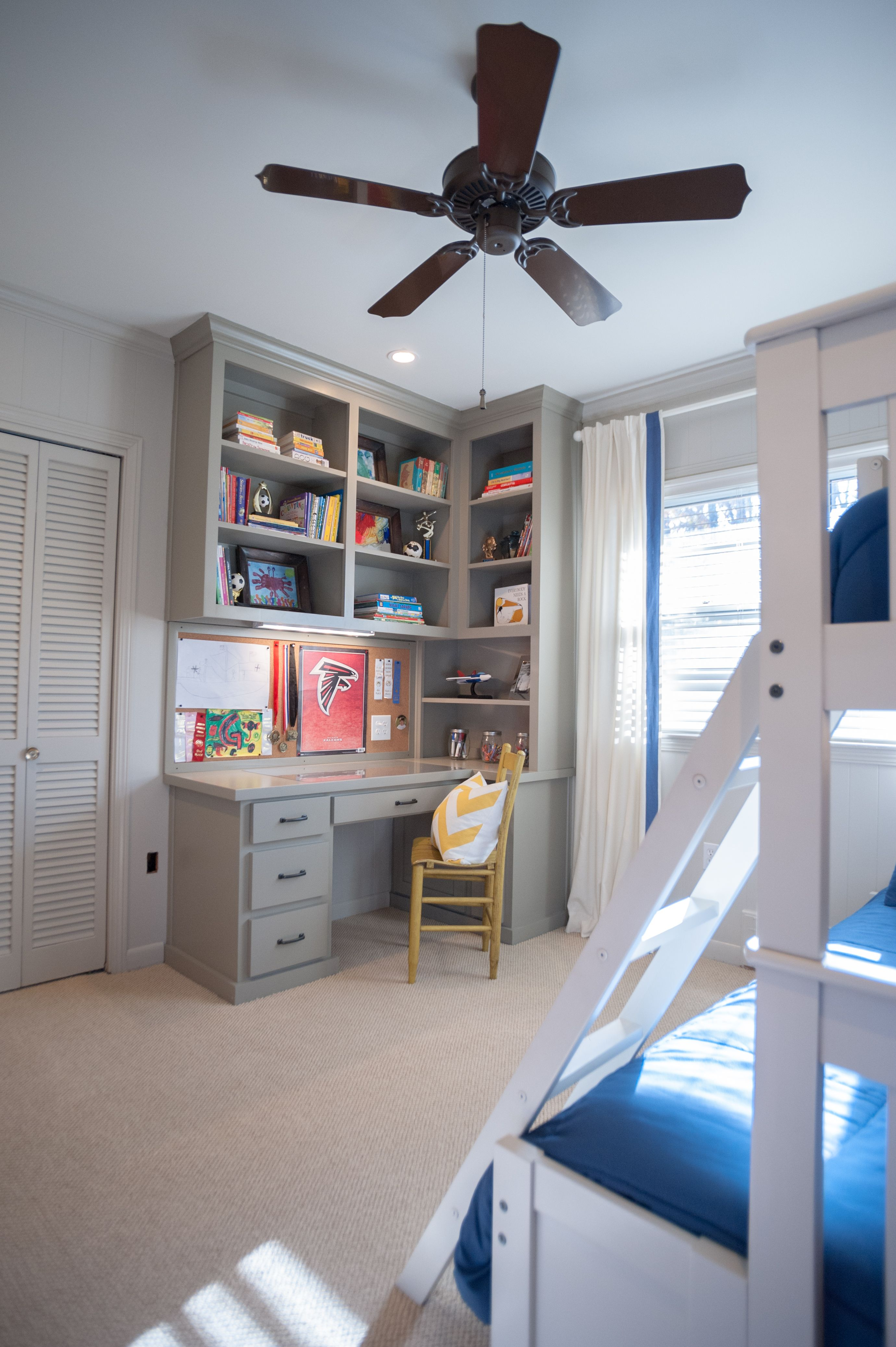 Idea For My Desk Only I Need More Bookshelves And A Drafting Table Made With Pine Wood Not Painted Very General