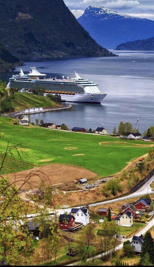 Odda, Norway. Photo by tatsolbe. #Norway #Норвегия #