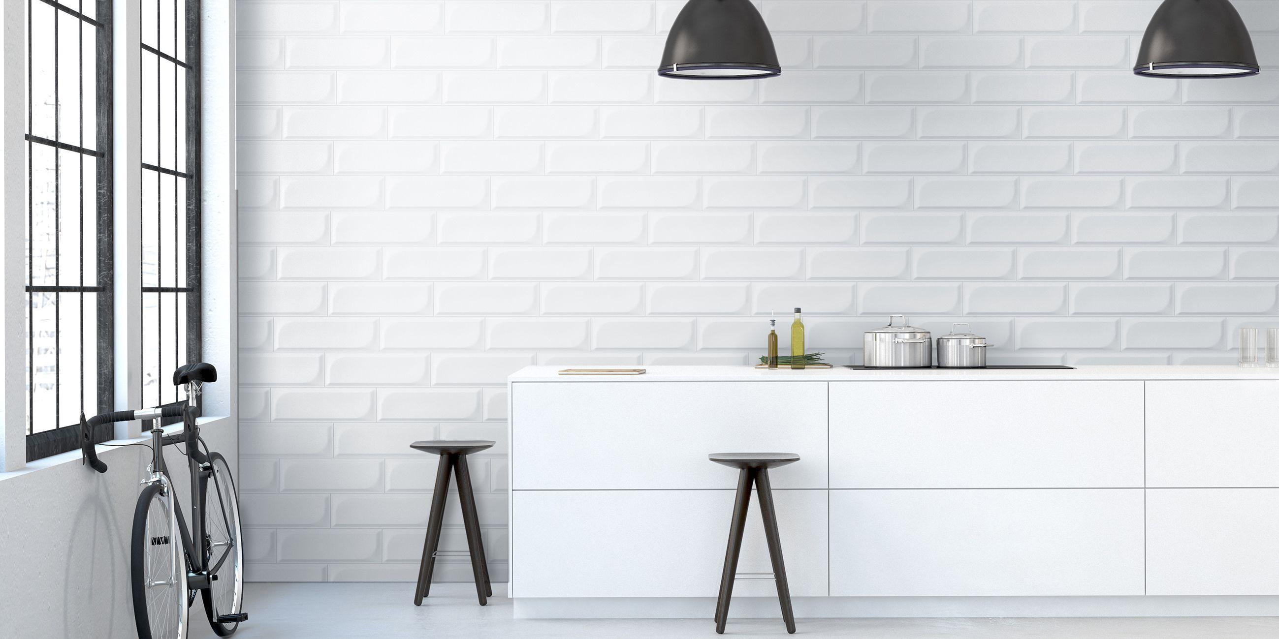 Ambient Ceramic Relief 4 92 X 14 76 In Colours White Ambiente Con Relieve Ceramico De 12 5 X 37 5 Cm En Colores Decoracion De Unas Azulejos Colores Blancos