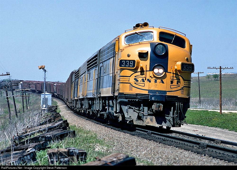 Atsf 339l Atchison Topeka Santa Fe Atsf Emd F7 A At Rogers Texas By Steve Patterson Atchison Train Pictures Topeka