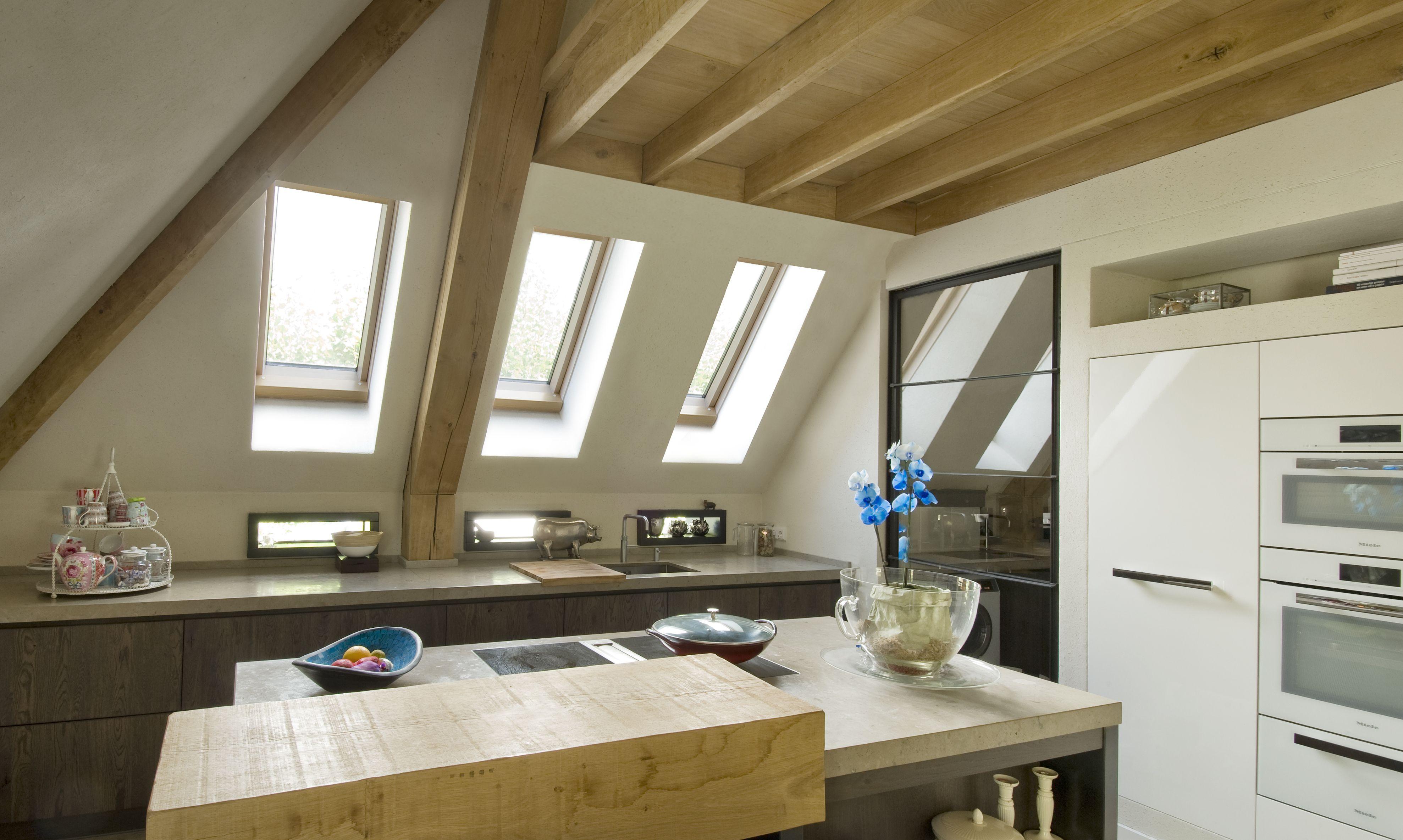 Daglicht Je Keuken : Inspiratie voor licht in uw keuken met een schuine wand. kijk voor