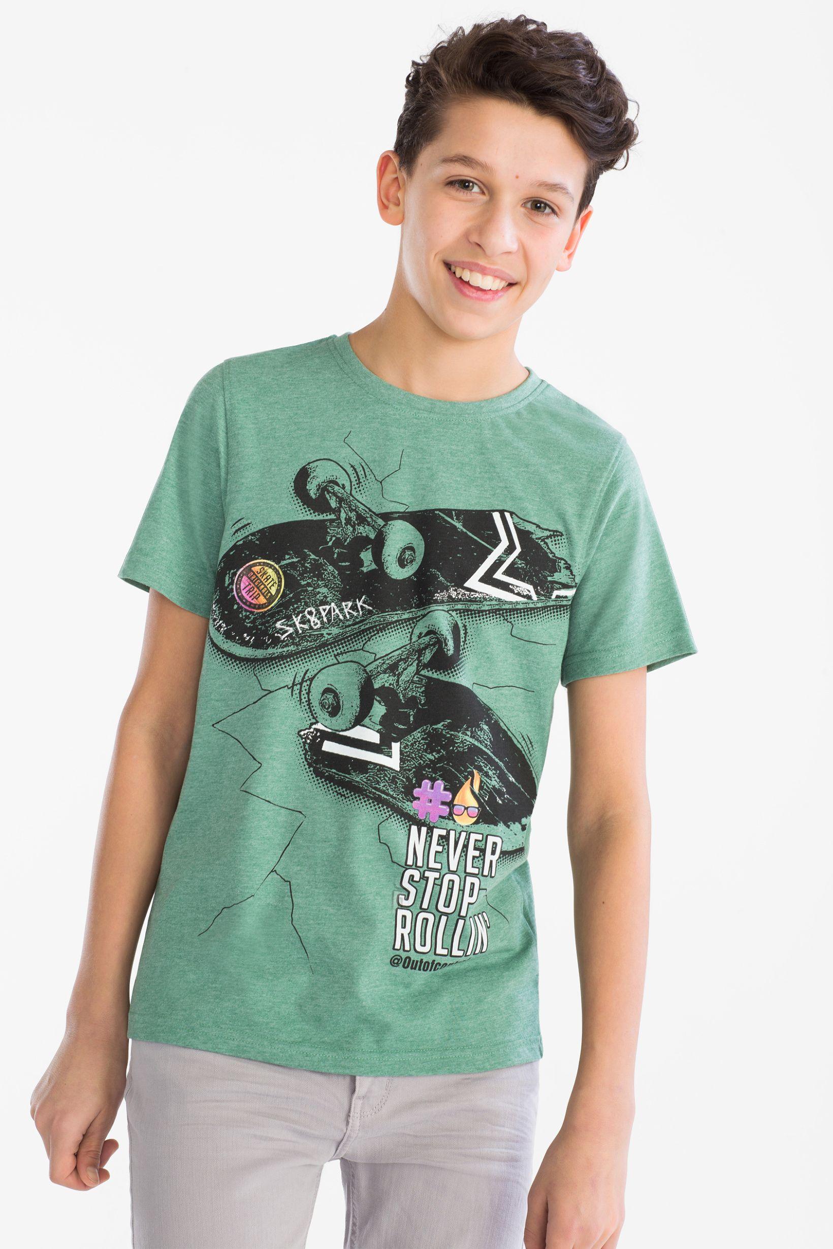 e5fbee34168 Poleras Polos Niños, Moda Para Meninas, Camisetas Estampadas, Moda Niños,  Moda Infantil