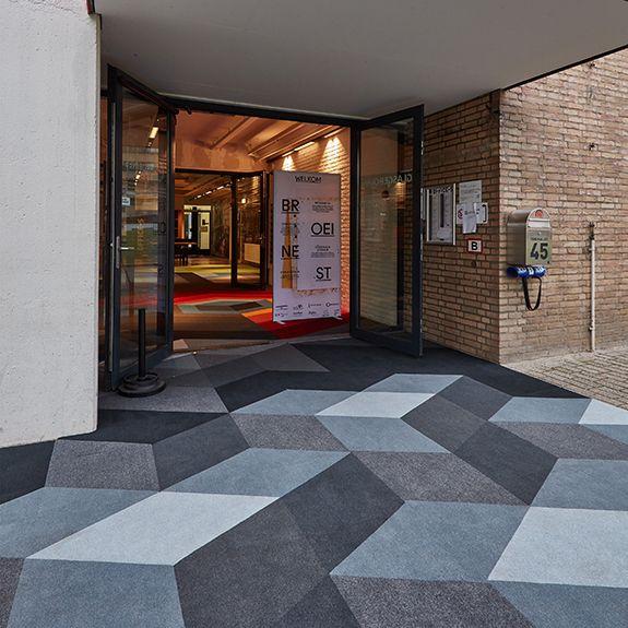 Graffiti art with carpet tile in 2019 | Carpet tiles, Room ...
