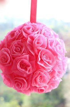 cmo hacer bolas con rosas de papel - Hacer Rosas De Papel