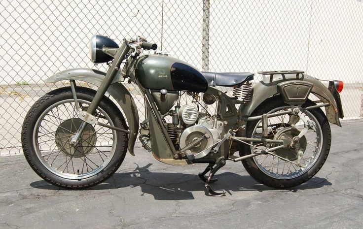 Vendo Moto Guzzi Airone Militare depoca a Palazzo