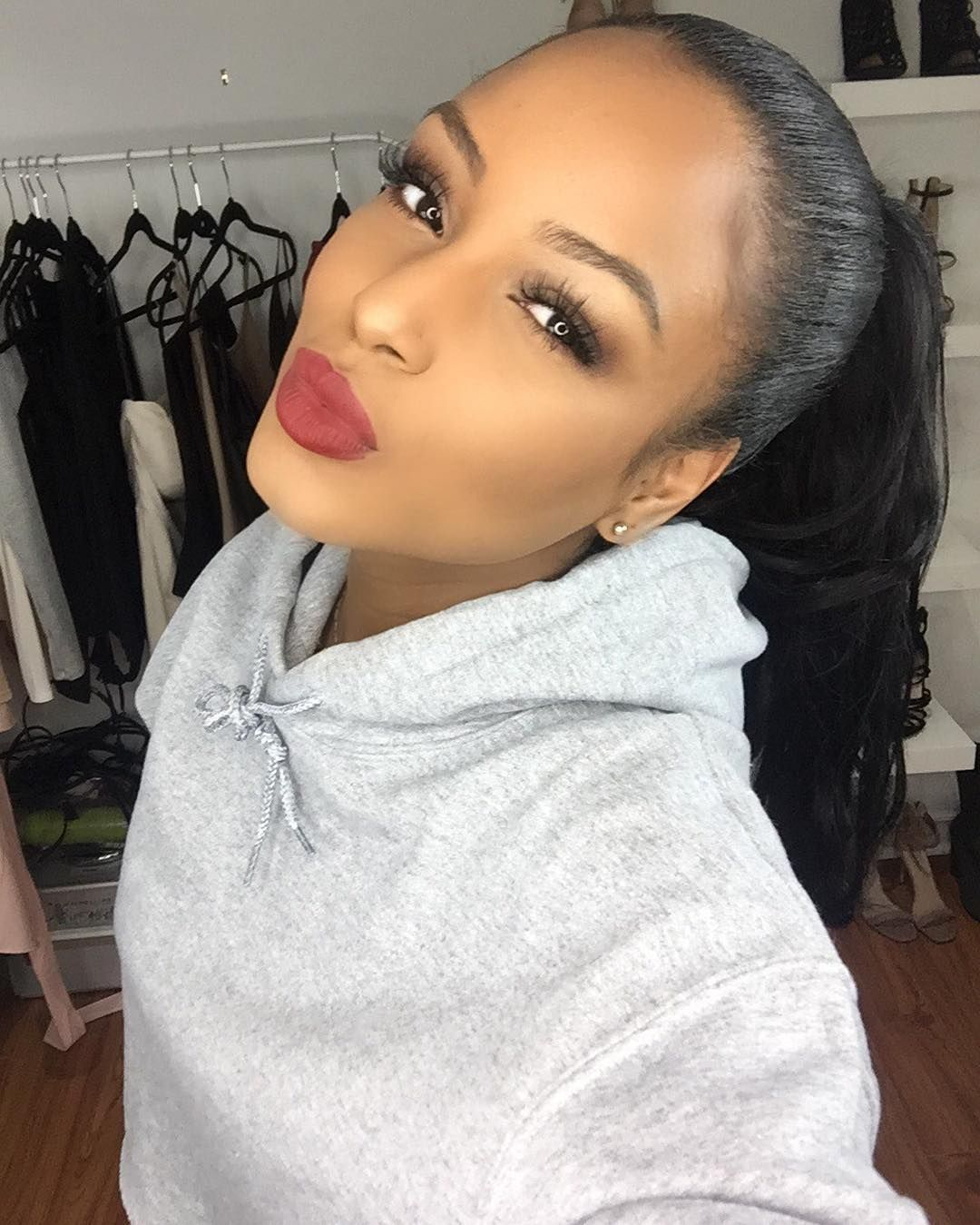 Latoya Forever Slays With A Solid Face Beat To Enhance Her