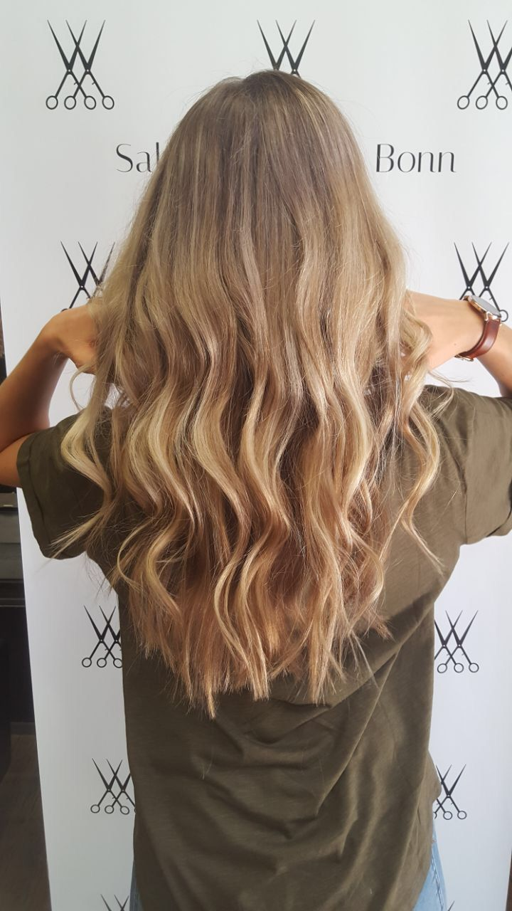 Pin By Penny On Haare Latest Hairstyles Long Hair Styles Pastel Hair