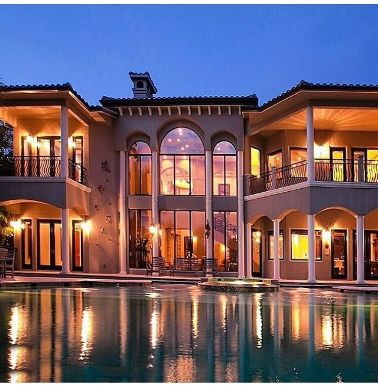 Pin by Doris Diaz on Luxurious Outdoor Living Mansions