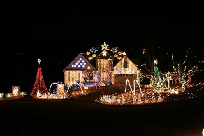 These 8 Houses In Georgia Have The Most Incredible Christmas Decorations Christmas Lights Christmas Light Displays Holiday Lights Display