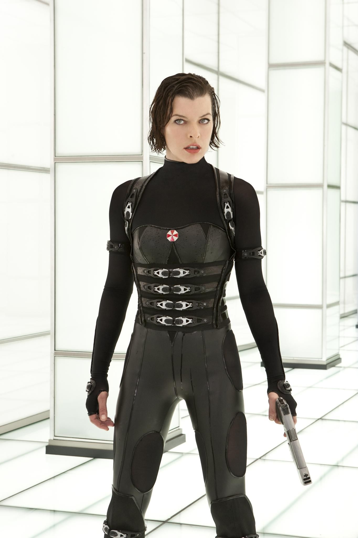 milla jovovich resident evil retribution costume