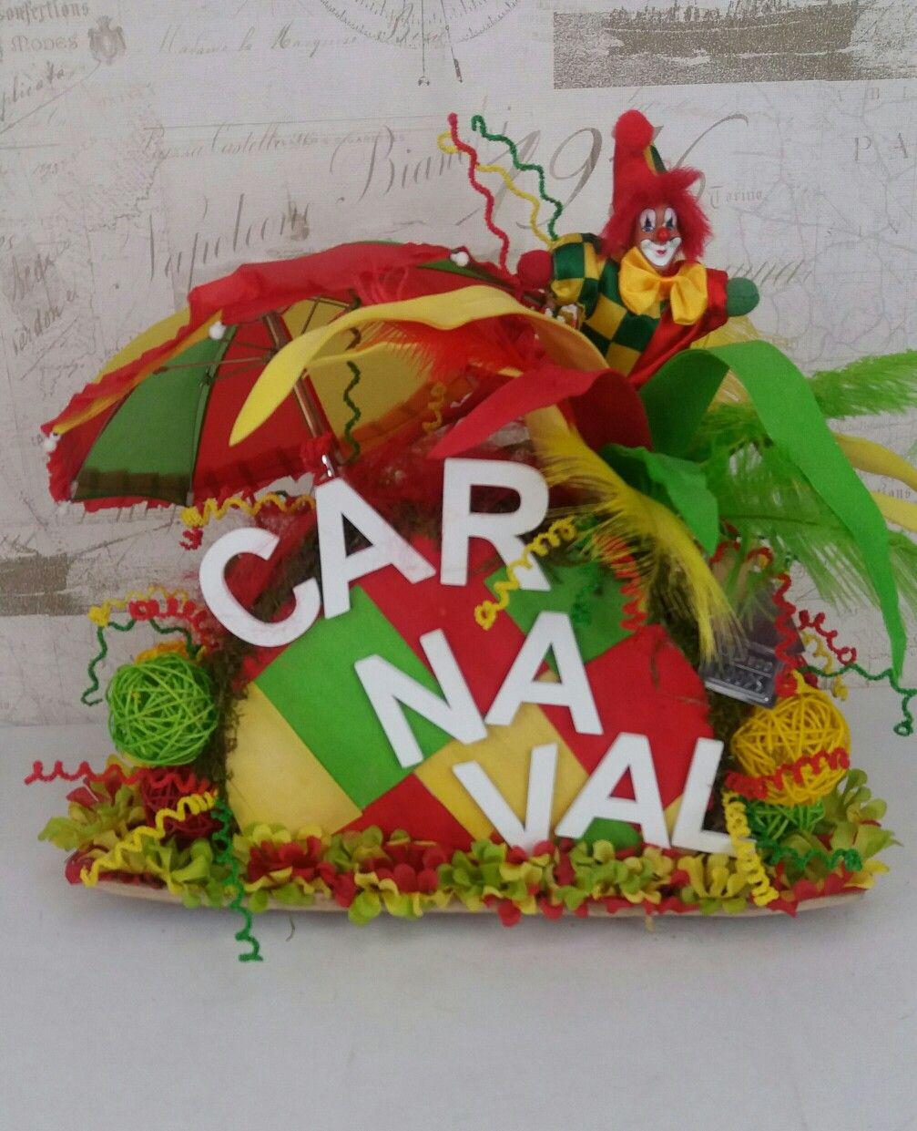 Pin Op Carnaval Decoratie