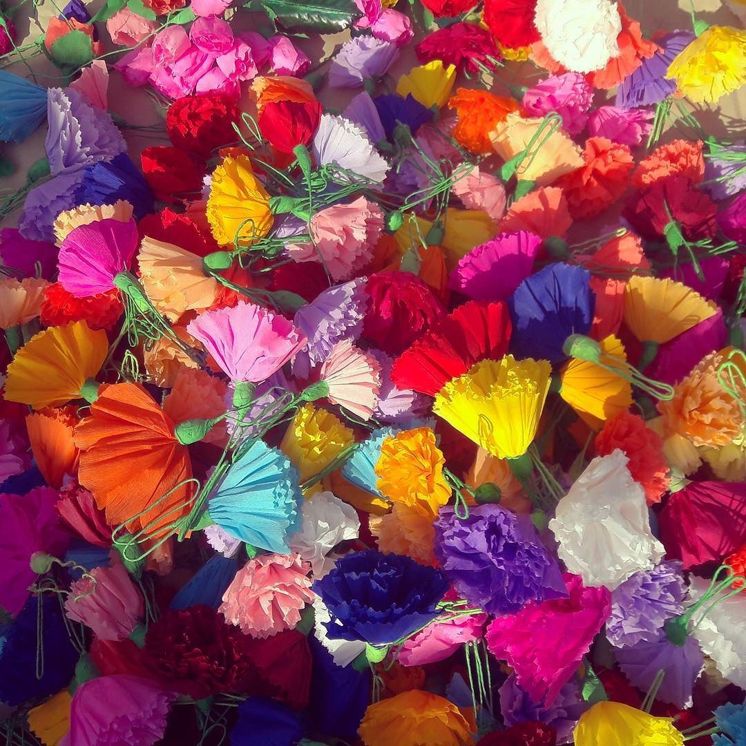 Paper Flowers At The Market Mercado I Was Tempted To Buy A Few