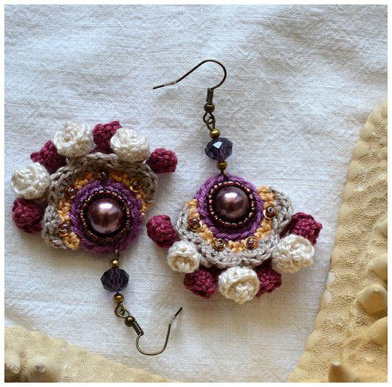 crochet marsala dangles vintage look earrings glass от Marmotescu