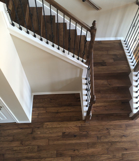 Sloid Alder Flared Stair With Custom Flat Panel Box Newel: Mannington Sighting! We're Loving This Shot Of Our