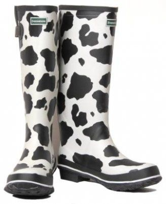aab0f4364c0 cow print rain boots..oh my geez! I would lovwe whoever left these ...