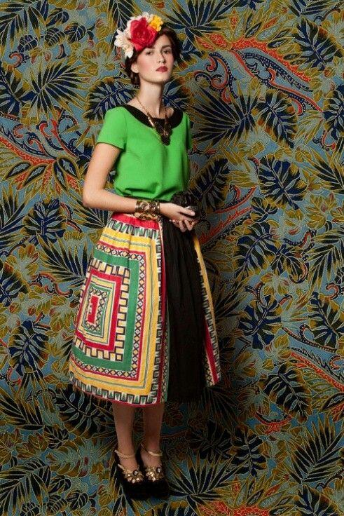 spanish inspiration frida kahlo style pinterest mode ethnique ethnique et r gime. Black Bedroom Furniture Sets. Home Design Ideas