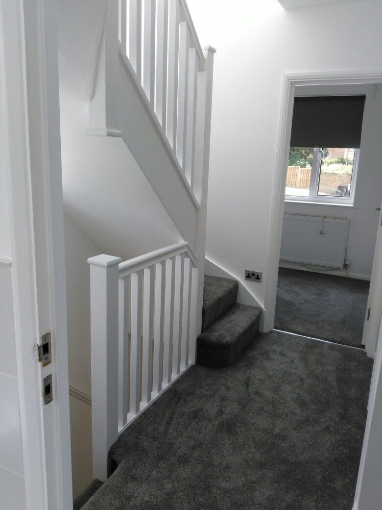 Best Stairs Grey Carpet White Walls Living Room Grey Grey 400 x 300
