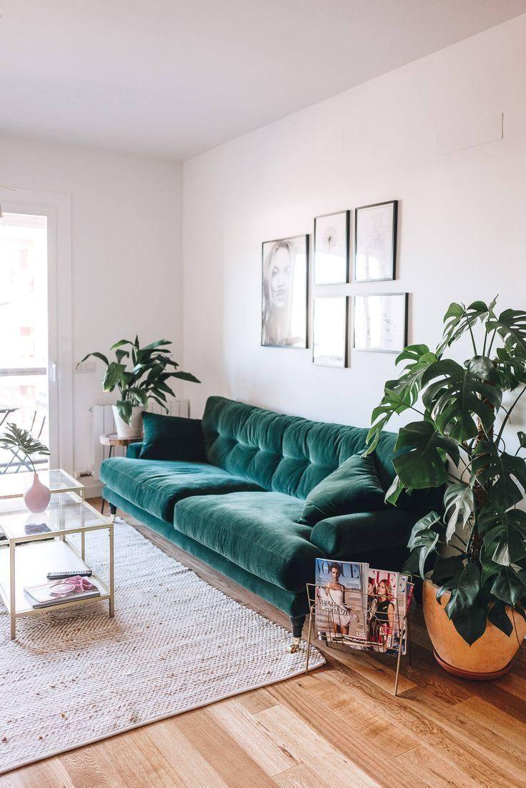 Boho-stil: das sofa aus grünem samt – 6 stilvolle optionen