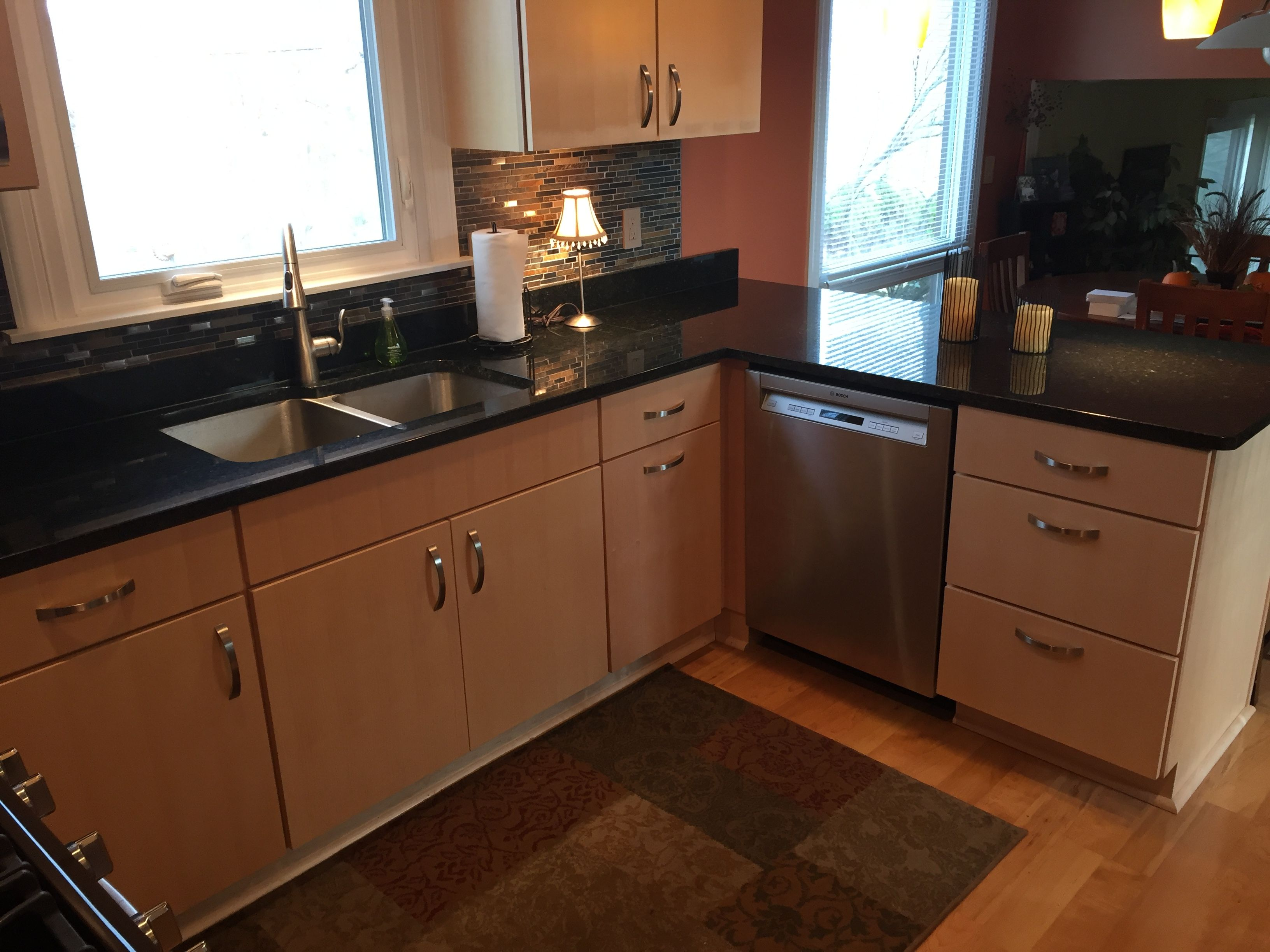 We installed Natural Quartersawn Maple Cabinets with Uba ... on Modern Kitchen Backsplash With Maple Cabinets  id=11349