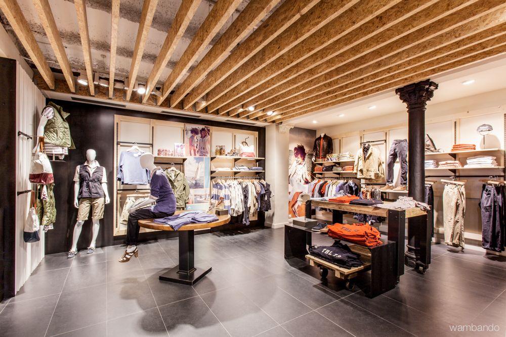 compensación tarde Arenoso  Timberland Store Barcelona by CREA | Retail interior, Timberland store,  Retail design