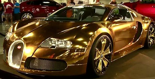 Flo Rida Drives A Gold Bugatti Veyron [Video]