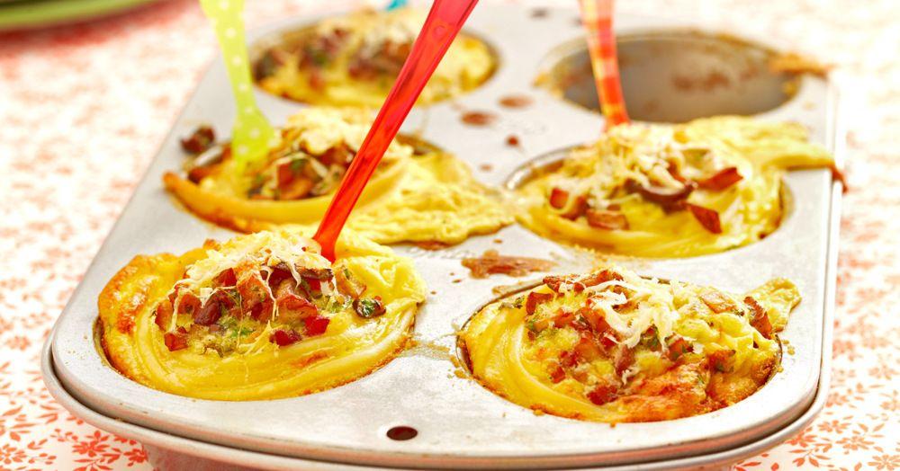 Die Nudelnester sind prima als kleine leichte Vorspeise. Auch gut auf einem Buffet, zum Mitnehmen ins Büro oder zum Picknick.