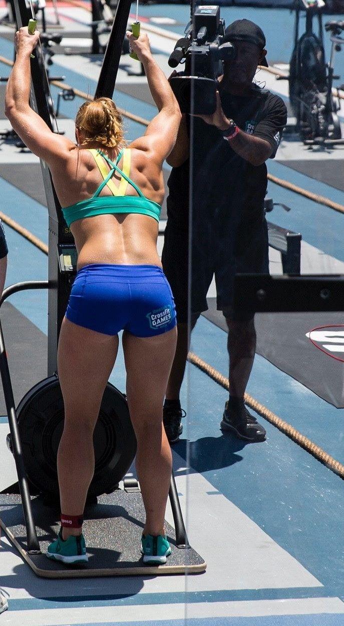 Brooke Wells 2016 CrossFit Games Rope Chipper Crossfit