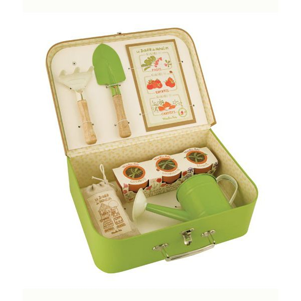 A Great Little Gardening Kit For The Aspiring Young Gardener In Your House!