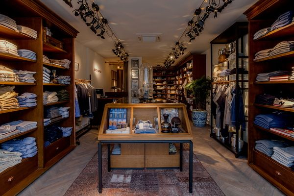 clothing stores interior design - Google Search | Clothing Store ...