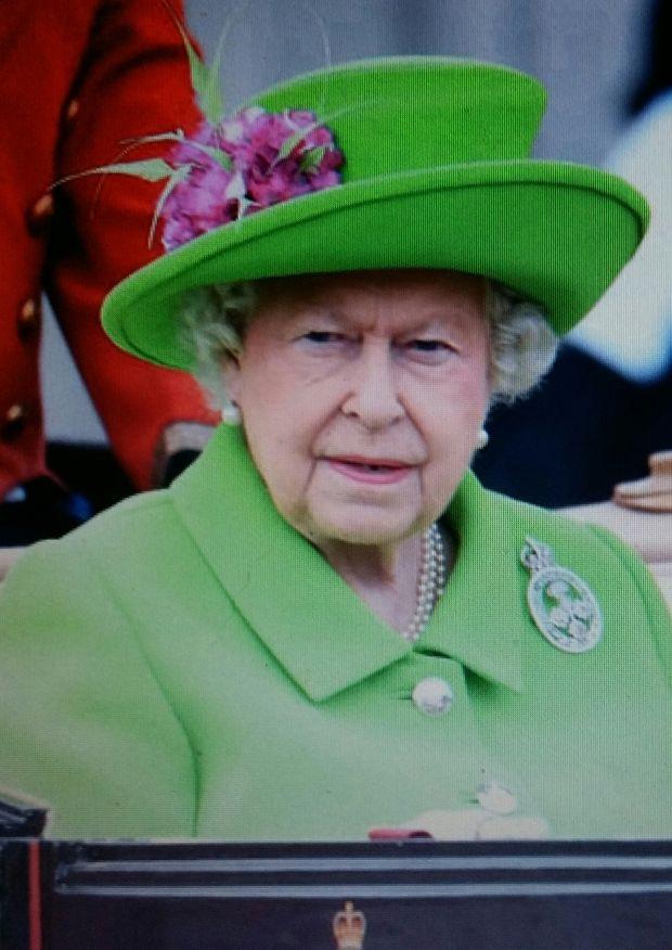 14.6.2016 UUTISIA. HISTORIAA. KUNINGATAR ELISABETH II ja PRINSSI PHILIPH SYNTYMPÄIVÄ JUHLALLISUUDET 11-12.6.2016. LONTOO ELISABETH 90 v ja PHILIPH 95 v Englannin KUNIGTAR ELISABETH II Elisabeth on syntynyt 21.Huhutikuuta 1926, …