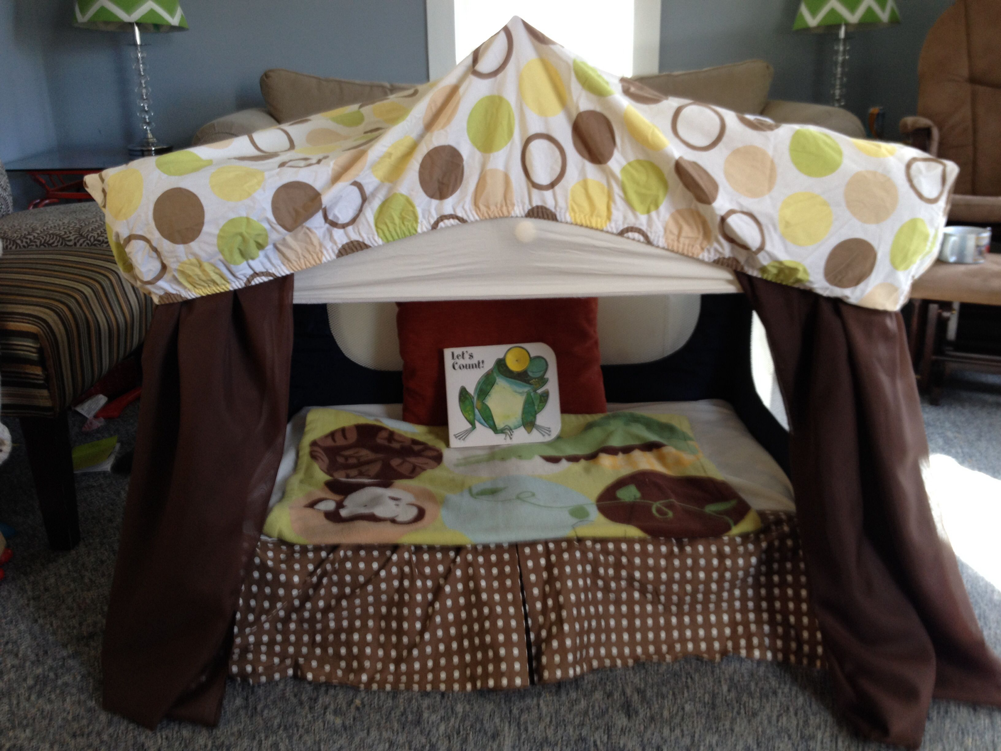 Baby bed turns into toddler bed - I Repurposed The Old Pack And Play Into A Reading Tent