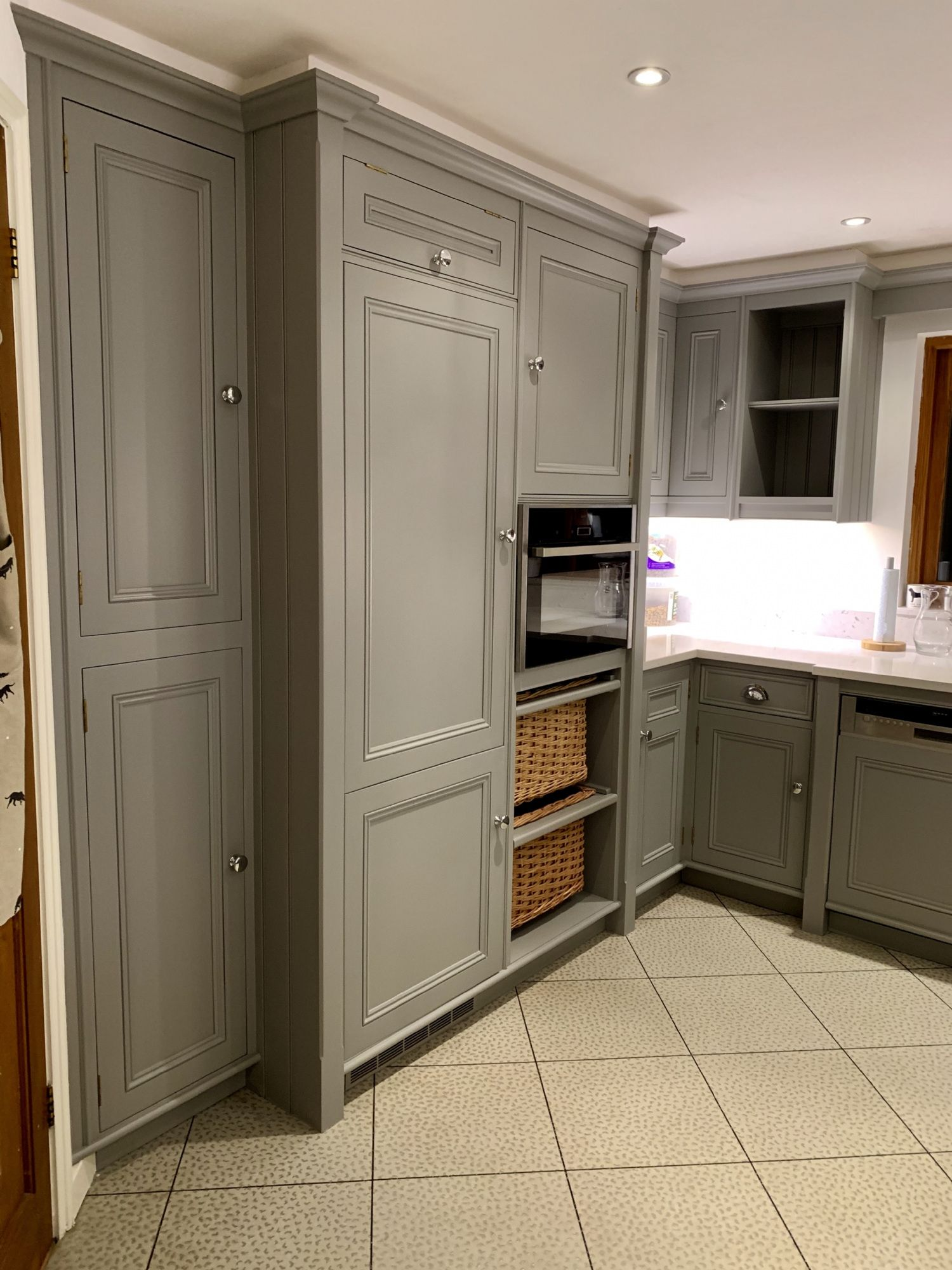 Repainting Kitchen Cabinets Cost Uk 2021 Kitchen Cabinets Repainting Kitchen Cabinets Cost Of Kitchen Cabinets