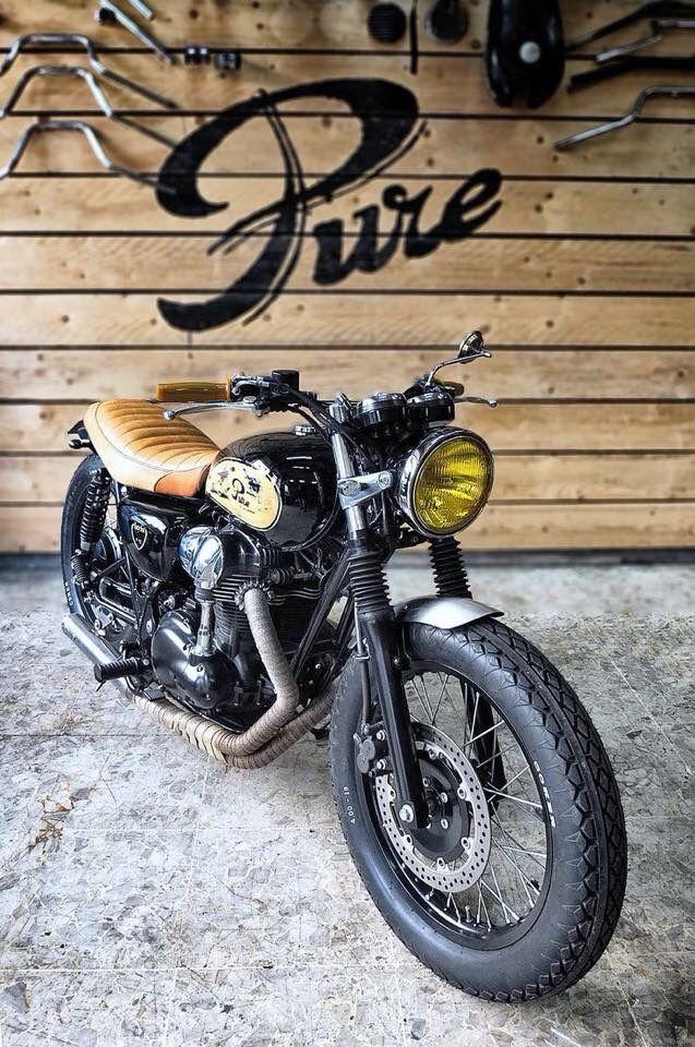 kawasaki w800 custom motorcycles pinterest cafes scrambler and motorbikes. Black Bedroom Furniture Sets. Home Design Ideas