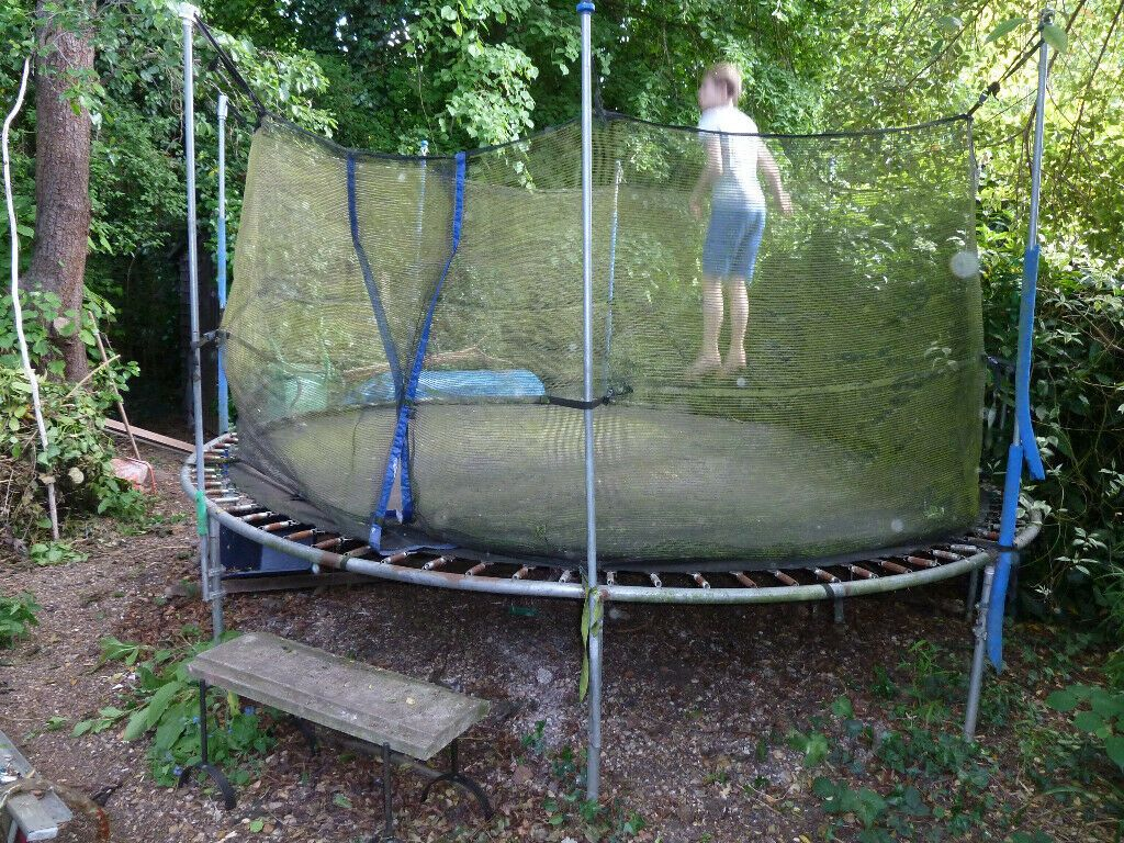 Get the most awaited chance to shop 10`foot trampoline ...