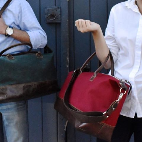 Love the weekender in waxed canvas! Super durable for your #weekendgetaway!