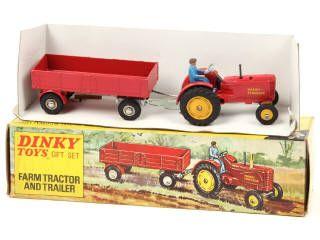 rare dinky toys gb 399 coffret tracteur agricole a b contient tracteur massey fergusson. Black Bedroom Furniture Sets. Home Design Ideas